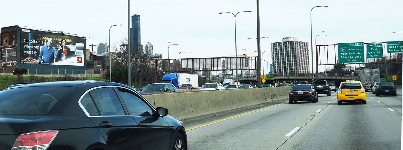 Wallscape Advertising on Kennedy Expressway - IMW882 Image Media Outdoor